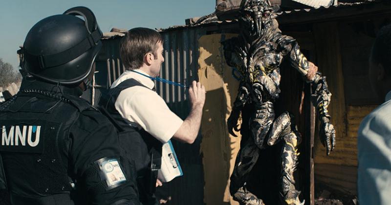 """Film """"Dystrykt 9"""" - Wikus i obcy"""